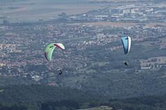 IMG_5843 (Stefan Kusinski) Tags: clermontferrand auvergne france puydedôme paraglider paragliding
