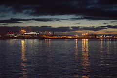Across the Mersey (Tony Worrall) Tags: liverpool merseyside scouse wet water mersey river sun sunset shine gold golden settingsun sunlit late dusk night evening sky glow glowing hue beauty nature outside outdoors glowingsun weather city welovethenorth nw northwest north update place location uk england visit area attraction open stream tour country item greatbritain britain english british gb capture buy stock sell sale caught photo shoot shot picture captured ilobsterit instragram