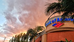 Los Feliz sunset (Randy Durrum) Tags: los feliz sunset bank america durrum samsung s9 plus snapseed nik