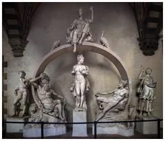 Ammannati's Juno Fountain (aiva.) Tags: italy italia florence firenze toscana tuscany bargello museum sculpture ammannati juno fountain peacock arno