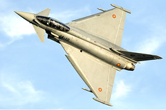 _DSC7242 (fjsmalaga) Tags: eurofighter typhoon ejercito aire armada avion reactor ngc estela rastro postcombustión llamas