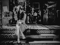 Shadow - Film Hasselblad (Photo Alan) Tags: vancouver canada shadow shadowplay people film filmcamera filmscan film120 filmhasselblad hasselblad hasselblad503cw girl blackwhite blackandwhite monochrome
