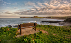 Front row seat (Through Bri`s Lens) Tags: northdevon croydebay sunrise bench seat frontrowseat beach surf waves rocks baggypoint canon canon5dmk3 canon1635f4 cowparsley brianspicer