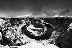 A Winter's Morning At Horseshoe Bend (WJMcIntosh) Tags: horseshoebend snow winter blackandwhite mono page arizona glencanyon coloradoriver