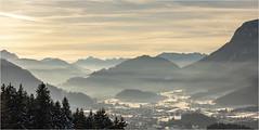 Winter light . (:: Blende 22 ::) Tags: austria österreich wintertime snow mountains ski fog clouds white bluesky canoneos5dmarkiv holiday tirol tyrol wilderkaiser söll sun star landscape canonef70200mmf4lisiiusm