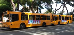 AMT 3834 e 3839 (Lu_Pi) Tags: amt genova autobus bus iveco iveco490 turbocity turbocityur brignole marassi amtgenovalinea356