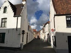 Hartelijke Groeten uit Brugge (Mado46) Tags: wolkenherz clouds wolken herz heart belgien belgium mado46 bxl06 brügge bruges brugge