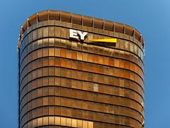 Golden EY (Chris Hearne) Tags: fjmtstudio lookingup architecture architecturaldetail eybuilding golden eycentre skyscraper sydney newsouthwales australia au
