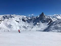 Aiguille Du Fruit (Marc Sayce) Tags: aiguille du fruit spring march 2019 mountains snow snowboarding skiing ski resort three valleys trois vallées savoy savoie courchevel