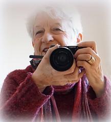 love my camera (quietpurplehaze07) Tags: ღღentreamigosღღproyecto365días selfie niftyfifty sonya6000 red camera