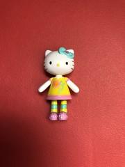 Hello Kitty figure #savers #hk #hellokitty #sanrio #cute #toy (direngrey037) Tags: savers hk hellokitty sanrio cute toy