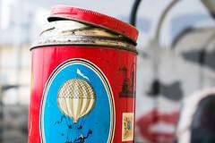 Packaging (Maria Eklind) Tags: målning painting marilynmonroe dof fotosondag fotosöndag fs190217 zoegas can forpackning kaffe förpackning burk packaging coffee depthoffield