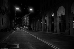 Voyage en Italie 2018   0889 (Distagon12) Tags: italy italia italie sonya7rii summilux street streetphoto strada rue night nuit nightphoto nacht notte noche wideaperture bologna bologne
