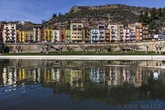 Balaguer (kike.matas) Tags: canon canoneos6d canonef1635f28liiusm kikematas balaguer cataluña españa reflejos pueblo riosegre castillo casas agua colores lightroom6 paisaje