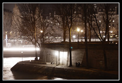Conciliabule (photons_93) Tags: paris 75 quai quaidelaseine seine nuit night noche nacht ليل gauean 夜 oíche nótt ночь noz notte