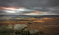 Something brewing (Phil-Gregory) Tags: stanageedge hopevalley nikon d7200 tokina tokina1120mmatx 1120mmproatx11 1120mmproatx wideangle ultrawide vista landscapephotography landscapes scenicsnotjustlandscapes ngc naturalworld countryside peakdistrictderbyshire rocks