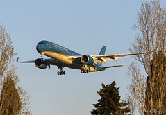 Vietnam Airlines A350-900 F-WZFZ (VN-A899) (birrlad) Tags: toulouse tls international airport france aircraft aviation airplane airplanes airline airliner airways airlines arrival arriving approach finals landing runway airbus a350 a359 a350900 a350941 vietnam fwzfz vna899 hamburg
