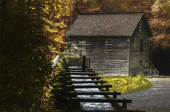 Mingus Mill Smoky Mountains National Park (Klaus Ficker --Landscape and Nature Photographer--) Tags: mill mingusmill smokymountains nationalpark tennessee water oldbuilding oldhouse oldmill kentuckyphotography klausficker canon eos5dmarkiv milf