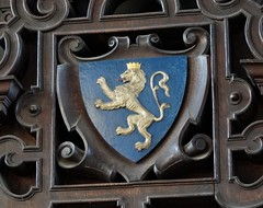 Lion of Galloway, Balliol College dining hall (heffelumpen9) Tags: balliolcollege oxforduniversity lionofgalloway dervorguillaofgalloway heraldry johnballiol devorgilla