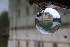 AZAY LE RIDEAU (Marie-Laure Larère) Tags: chateau bouledeverre boule reflet azaylerideau
