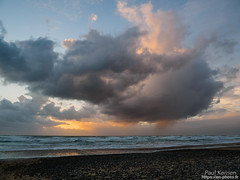 fin de journée sur la grève (Paul Kerrien) Tags: finistere bzh paysage bretagne bigouden rivage soir crépuscule