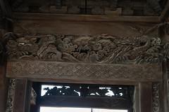 dragon at temple gate (kasa51) Tags: temple gate building architecture sculpture nagahama shiga japan 大通寺 山門 dragon 龍