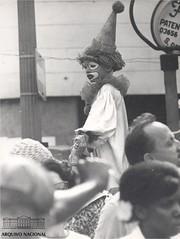 Carnaval de rua (Arquivo Nacional do Brasil) Tags: carnaval carnavalderua blocodecarnaval blococarnavalesco arquivonacional arquivonacionaldobrasil nationalarchivesofbrazil nationalarchives festa festapopular cultura culturabrasileira folia foliões folião