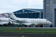 M-ARRH (IndiaEcho) Tags: marrh bombardier challenger 305 london biggin hill airport airfield bqh egbk bromley kent civil aircraft aeroplane aviation plane buisness jet biz canon eos 1000d