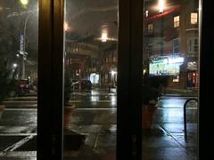Brooklyn Colours - Rainy Night (Pushapoze (MASA)) Tags: newyorkcity brooklyn rain bynight pluie nuit biere beer pickles street rue restaurant