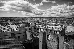 eterna (paulopar.rodrigues) Tags: local cidade city exterior italia roma naturenatureza cloud núvem sky céu photofoto bw captureone fuji xt1