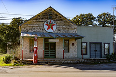 HillCountry_042 (allen ramlow) Tags: texas hill country driftwood buildings architecture sony alpha