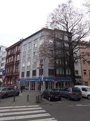 1961 Mainz Hotel Schottenhof B40 Kaiserstraße/Schottenstraße 6 in 55116 Altstadt (Bergfels) Tags: architekturführer bergfels 1961 1960er 20jh brd rheinlandpfalz mainz hotel schottenhof b40 kaiserstrase schottenstrase 55116 altstadt beschriftet 5et flachdach ecklage ecklösung
