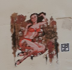 Pin-up (Février 2019) (Ostrevents) Tags: paris 75 capitale france artdanslarue artdelarue streetart rue street mur wall collage sticker femme woman bikini sexy pinup rouge red yp chn ostrevents