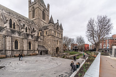 CHRIST CHURCH CATHEDRAL [ TODAY I USED A 15mm VOIGTLANDER LENS]-149899 (infomatique) Tags: christchurch churchofireland cathedral church norman historic religion dublin ireland streetsofdublin williammurphy infomatique fotonique excellentimages streetphotography sony voigtlander a7riii 15mmlens wideanglelens