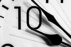 Tick tock - 8 sec. (Mari Van Cauteren) Tags: macromondays timepieces time clock bw blackwhite macro 10