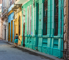 Street scene Old Havana (dwb838) Tags: urbanlandscape architecture havana street