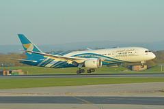 A4O-SB Oman Air Boeing 787-800 EGCC 28/3/19 (David K- IOM Pics) Tags: egcc man manchester ringway airport boeing 787 dreamliner oma oman air a4o a4osb b788 787800