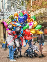 101/365 Which One (Charlie Little) Tags: balloons hdr highdynamicrange huawei p20pro colourful p365 project365 cameraphone mobilephotography carlisle cumbria streetphotography