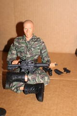 IMG_0158 (darqq_seraphim) Tags: barbie friends dolls military militaryactionfigure militaryplayset worldpeacekeepers 16scaleactionfigure 30pointsarticulation clicknplay