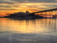 The Sun doesn't Shine for ever (RS400) Tags: western super mere old pier water sea sun set sunset summer time wow cool amazing travel landscape southwest uk hdr birnbeck olympus photography hdt clouds sky golden hour