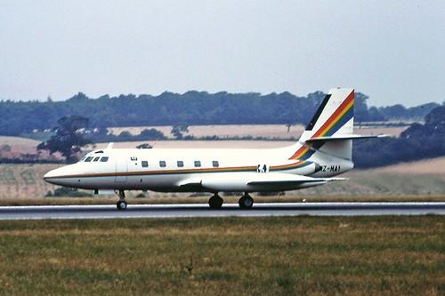 HZ-MAI Lockheed Jetstar Luton 26-07-1990