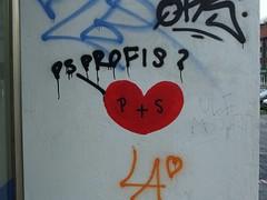 PS-Profis? (mkorsakov) Tags: dortmund nordstadt hafen graffiti wand wall tagging parole slogan anti herz heart