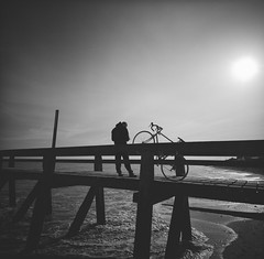Bike on a pier (lvw27) Tags: roadtrip france normandy film analog lolo lca 120 medium beach sunny pier bike format ilford hp 5