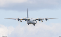 Lockheed C-130E Hercules Pakistan Air Force  4177 (lucas slow) Tags: avion ciel cockpit photo spotting lockheed c130e hercules c130 pakistan air force paaf 4177 takeoff landing airport chr lflx châteauroux gris bleu propeller turbopropulseurs