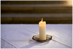 Laetare (Aspenlaub (blattboldt)) Tags: altar candle stilllife fire light shadow shallowdepthoffield dof soft sharp yellow church berakhah בְּרָכָה loxia2485 loxia2485sonnar 85mm 51695547 sonnar zeiss sony carlzeiss ilce7rm3 alpha7riii manualfocus manualiris manualexposure specialthankstochristophecasenaveandhisteamfromzeissfortheirpersonalinvolvementinthedevelopmentoftheloxialensline ⚶ emount manualwhitebalance laudātū laetitia poetic rhapsodic europe germany thuringia jena stadtkirche sanktmichael moment delicate cloth minimalism simplicity simple stairs table slow