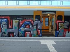 HACF (mkorsakov) Tags: münster hbf bahnhof mainstation zug train rb89 graffiti piece bunt colored oldschool hacf