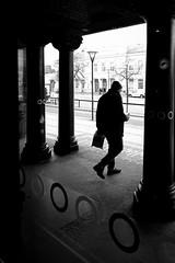 MALMO STREE BW 190211-14-P2019856 (svenerikols) Tags: streetphotography street