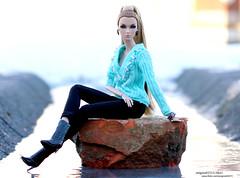 Eden (enigma02211) Tags: edenwildatheart dolldiorama integritytoys fashionroyalty dollphotography fashiondoll 16scale fr it industrial nuface fashion
