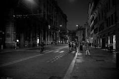 Voyage en Italie 2018   0847 (Distagon12) Tags: italy italia italie sonya7rii summilux street streetphoto strada rue night nuit nightphoto nacht notte noche wideaperture bologna bologne