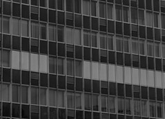 Santiago (lugar.citadino) Tags: monochrome black white building exploration explorer explore discovery discover traveller travel phographer amateur world earth landscape place downtown business district centralbusinessdistrict city cityscape urban urbanscape streetphotography street architectural architecture tower facade curtain windows window glass office moment february summer day afternoon photography photo picture image lines line angle pattern minimal